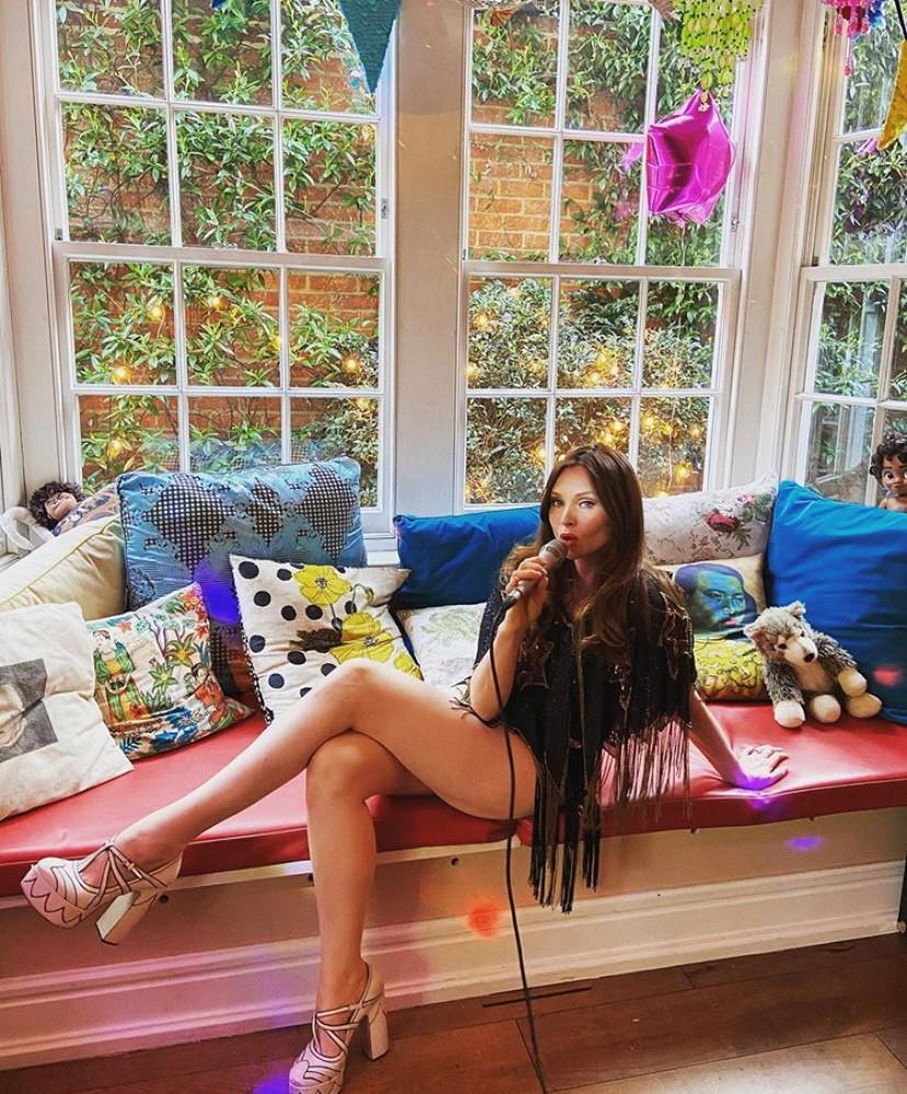 Sophie Ellis Bextor | Kitchen Disco